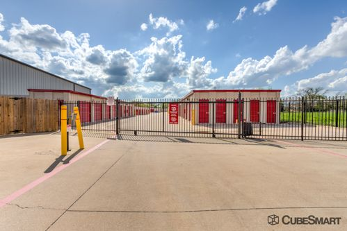 CubeSmart Self Storage - Mansfield - 1587 Hwy 157 1587 Hwy 157 Mansfield, TX - Photo 6