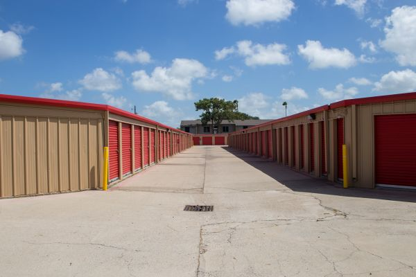 Move It Self Storage Rodd Field Lowest Rates