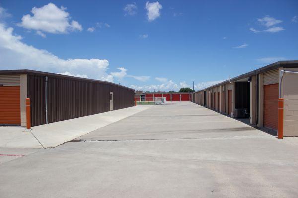 Move It Self Storage - Weber Road 6752 Weber Rd Corpus Christi, TX - Photo 6