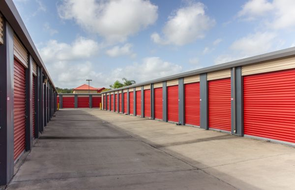 Move It Self Storage - Griffin Parkway 2545 E Griffin Pky Mission, TX - Photo 11