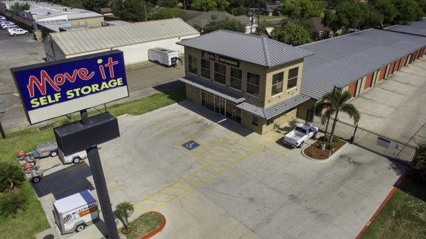 ... Move It Self Storage   Griffin Parkway2545 E Griffin Pky   Mission, TX    Photo ...