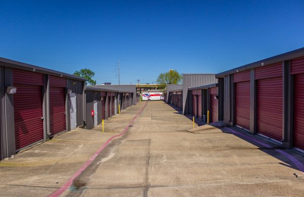 Move It Self Storage - Villa Maria 1429 West Villa Maria Road Bryan, TX - Photo 11