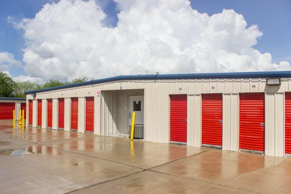 Move It Self Storage - Ayers Street 5560 Ayers St Corpus Christi, TX - Photo 9