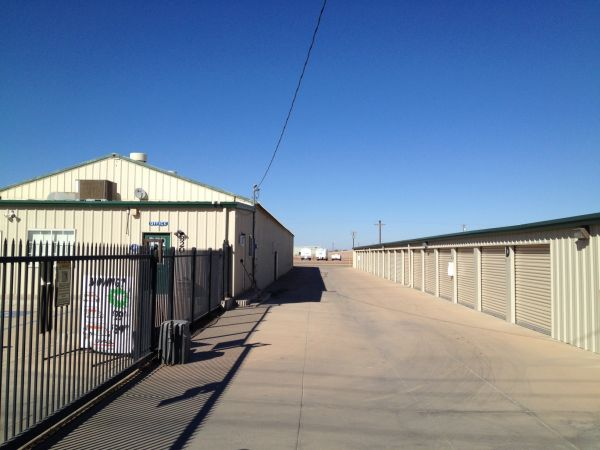StorWise Imperial 320 West Aten Road Imperial, CA - Photo 2