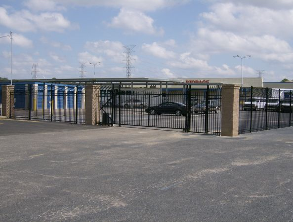 Move It Self Storage - Getwell 2700 Getwell Rd Memphis, TN - Photo 6