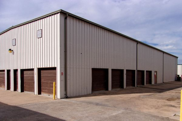 US Storage Centers - Austin - 201 West Stassney Lane 201 West Stassney Lane Austin, TX - Photo 1