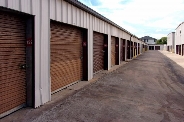 US Storage Centers - Austin - 201 West Stassney Lane 201 West Stassney Lane Austin, TX - Photo 2