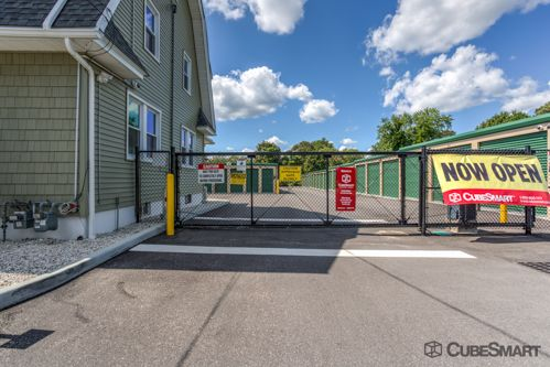 CubeSmart Self Storage - Patchogue - 120 River Avenue 120 River Avenue Patchogue, NY - Photo 3