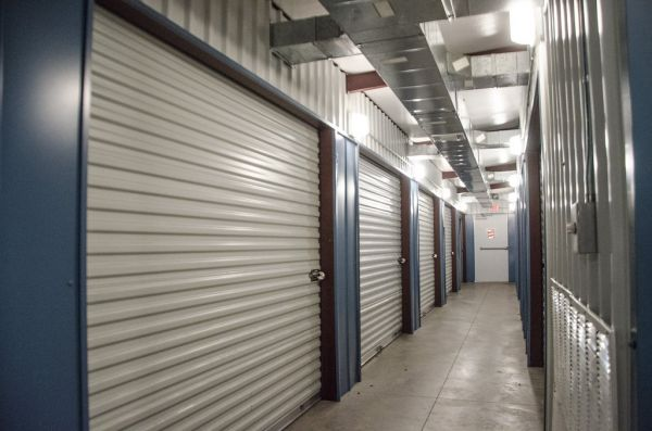 HGS Self Storage - Hewitt - 605 N Hewitt Dr 605 N Hewitt Dr Hewitt, TX - Photo 1