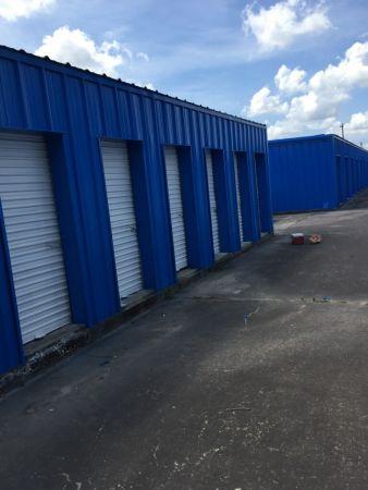 Velasco Storage 1021 North Velasco Street Angleton, TX - Photo 1