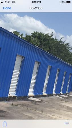 Velasco Storage 1021 North Velasco Street Angleton, TX - Photo 2