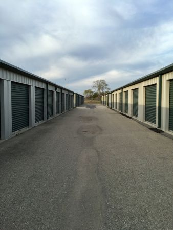 Crestline Storage 13621 Gilman Road Lansing, KS - Photo 1