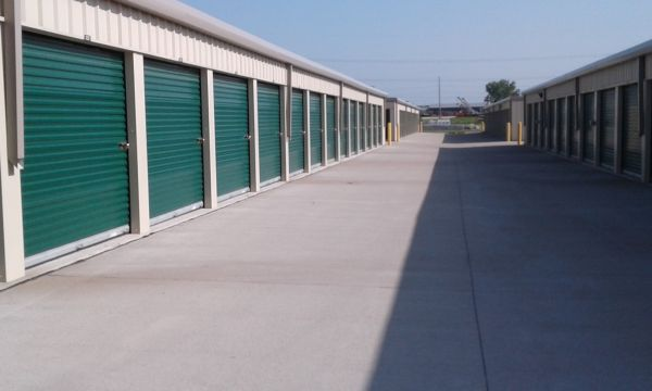 LockBox Storage - Grimes - SE Gateway Drive and SE 37th St. 3600 Southeast Gateway Drive Grimes, IA - Photo 5