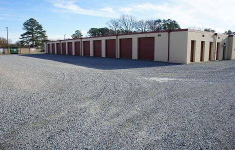 Personal Storage 832 W Grantham St Goldsboro, NC - Photo 1