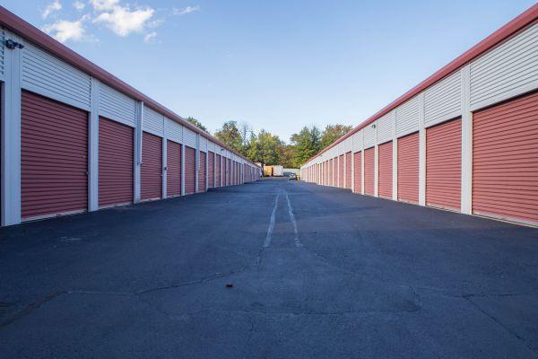 Backlick Storage 6880 Commercial Drive Springfield, VA - Photo 4