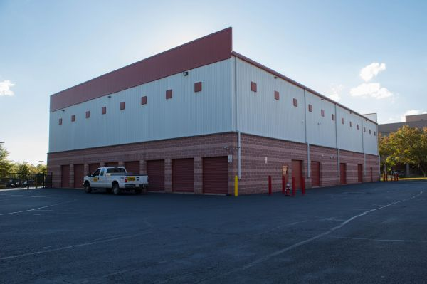 Backlick Storage 6880 Commercial Drive Springfield, VA - Photo 6