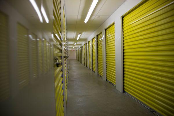 Backlick Storage 6880 Commercial Drive Springfield, VA - Photo 9