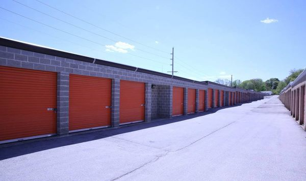 A-1 Locker Rental Self Storage - Fenton 300 Schneider Drive Fenton, MO - Photo 2