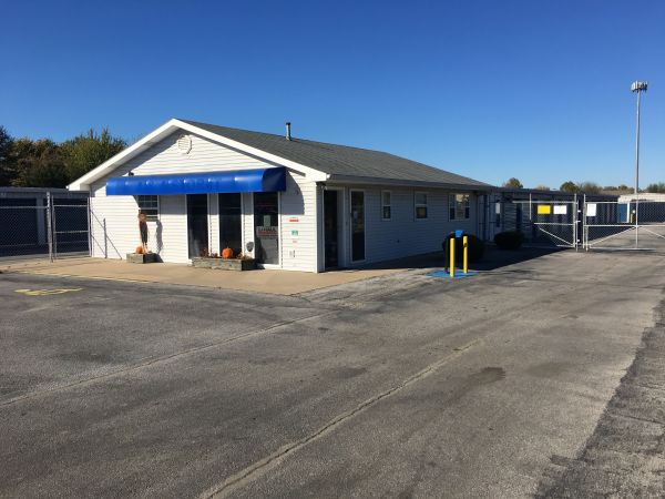 Snapbox Self Storage - 24th Street 104 N 24th St Rogers, AR - Photo 2