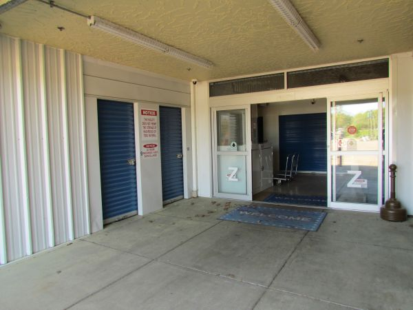 Snapbox Self Storage - Geyer Springs Rd 8015 Geyer Springs Rd Little Rock, AR - Photo 7