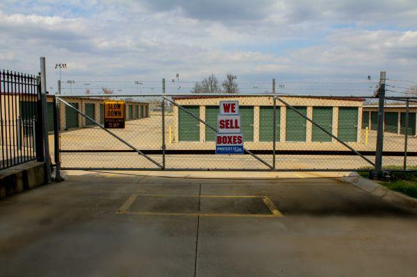 Snapbox Self Storage - Central Ave 2113 E Central Ave Bentonville, AR - Photo 8