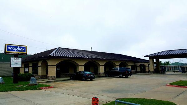 Snapbox Self Storage - Central Ave 2113 E Central Ave Bentonville, AR - Photo 15