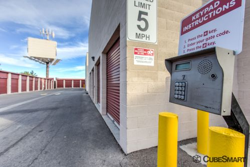 CubeSmart Self Storage - Las Vegas - 8250 S Maryland Pkwy 8250 S Maryland Pkwy Las Vegas, NV - Photo 4