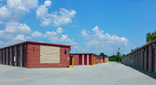 Storage Rentals of America - New Castle - 950 Red Lion Road 950 Red Lion Road New Castle, DE - Photo 1