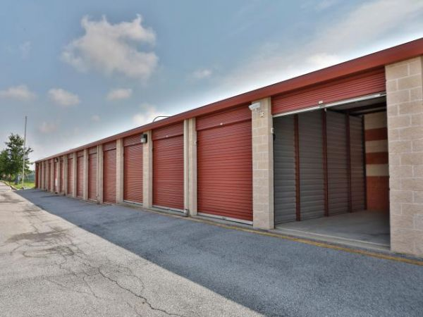Storage Rentals of America - New Castle - 950 Red Lion Road 950 Red Lion Road New Castle, DE - Photo 11