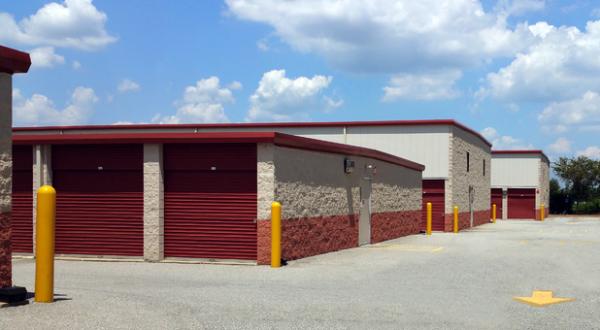 Storage Rentals of America - New Castle - 2 Bellecor Drive 2 Bellecor Drive New Castle, DE - Photo 1