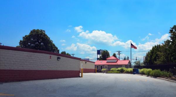 Storage Rentals of America - New Castle - 2 Bellecor Drive 2 Bellecor Drive New Castle, DE - Photo 2