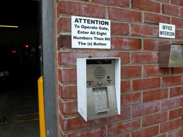 Storage Rentals of America - Wilmington - 2523 Lamotte Street 2523 Lamotte Street Wilmington, DE - Photo 4