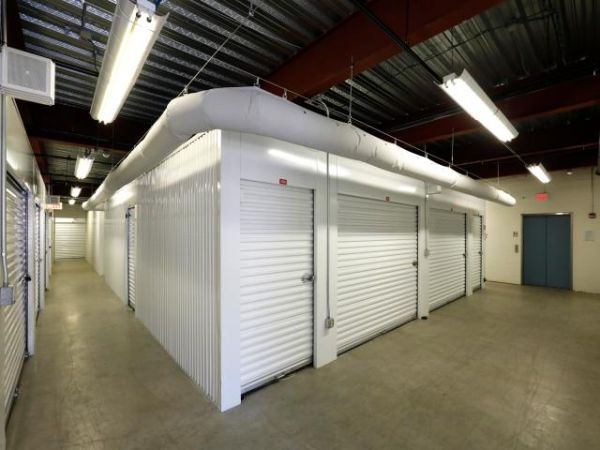 Storage Rentals of America - Wilmington - 2523 Lamotte Street 2523 Lamotte Street Wilmington, DE - Photo 5