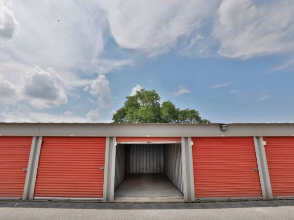 Storage Rentals of America - Bear - 100 East Scotland Drive 100 East Scotland Drive Bear, DE - Photo 6