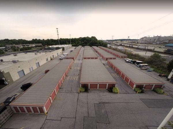 Storage Rentals of America - Wilmington - 1215 Centerville Road 1215 Centerville Road Wilmington, DE - Photo 11