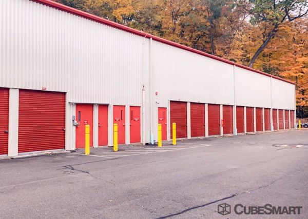 CubeSmart Self Storage - Hamden - 785 Sherman Avenue 785 Sherman Avenue Hamden, CT - Photo 2