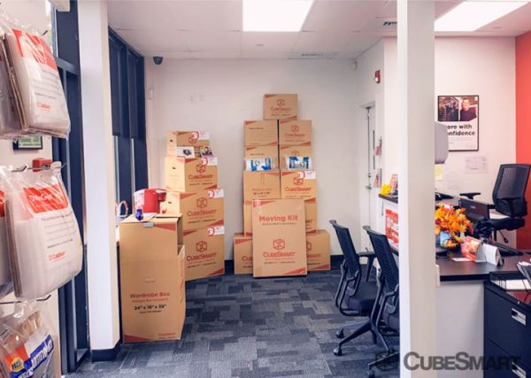 CubeSmart Self Storage - Hamden - 785 Sherman Avenue 785 Sherman Avenue Hamden, CT - Photo 5