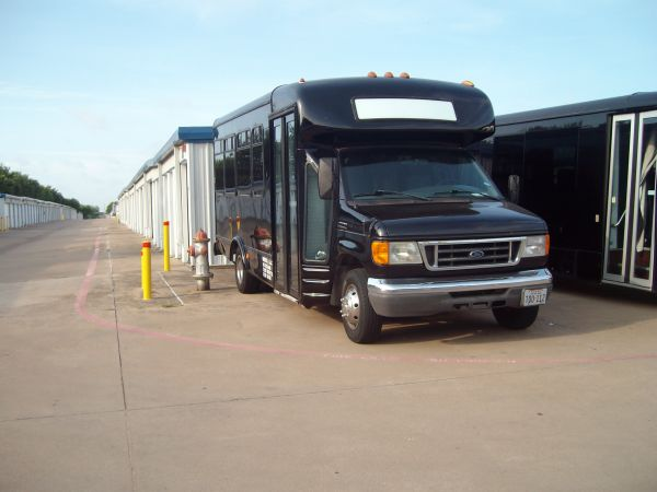 A Armadillo Self Storage 5333 South Collins Street Arlington, TX - Photo 6