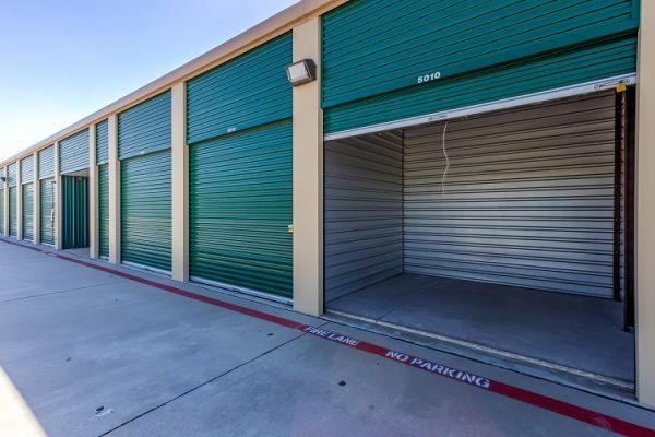 Simply Self Storage - 8388 FM 423 - Frisco 8388 Farm To Market Road 423 Frisco, TX - Photo 3