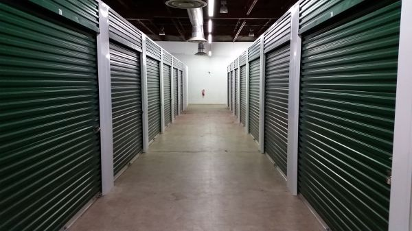 422 Storage 1222 East Main Street Palmyra, PA - Photo 1