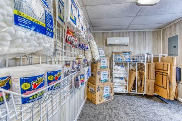 422 Storage 1222 East Main Street Palmyra, PA - Photo 13