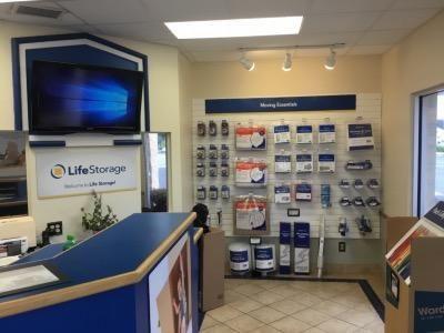 Life Storage - St. Petersburg - 49th Street North 4495 49th Street North Saint Petersburg, FL - Photo 4