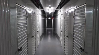 Life Storage - Brandon 607 East Bloomingdale Avenue Brandon, FL - Photo 6
