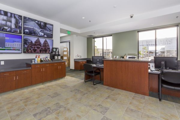 Long Beach Storage Center 1700 Santa Fe Avenue Long Beach, CA - Photo 6