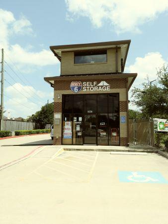 Hwy 6 Storage 5905 Highway 6 North Houston, TX - Photo 3