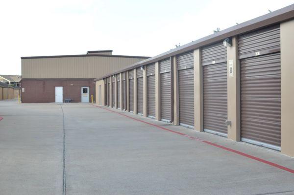 Hwy 6 Storage 5905 Highway 6 North Houston, TX - Photo 5