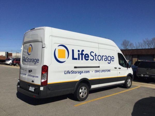 Life Storage - Arlington Heights 1414 North Rand Road Arlington Heights, IL - Photo 6