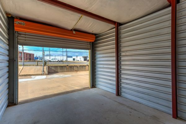 Simply Self Storage - 120 West Almar Drive - Chickasha 120 West Almar Drive Chickasha, OK - Photo 3