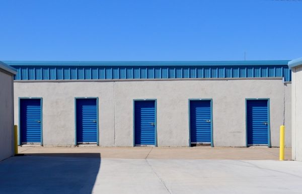 Simply Self Storage - 3401 N Bryant Avenue - Forest Park 3401 North Bryant Avenue Oklahoma City, OK - Photo 1