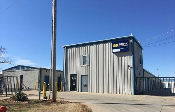 Simply Self Storage - 3401 N Bryant Avenue - Forest Park 3401 North Bryant Avenue Oklahoma City, OK - Photo 0